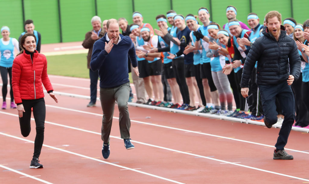 LONDON, ENGLAND - FEBRUARY 05: Prince William, Duke of Cambridge, Catherine, Duchess of Cambridge and Prince Harry race as they join Team Heads Together at a London Marathon Training Day at the Queen Elizabeth Olympic Park on February 5, 2017 in London, England. (Photo by Chris Jackson/Getty Images)
