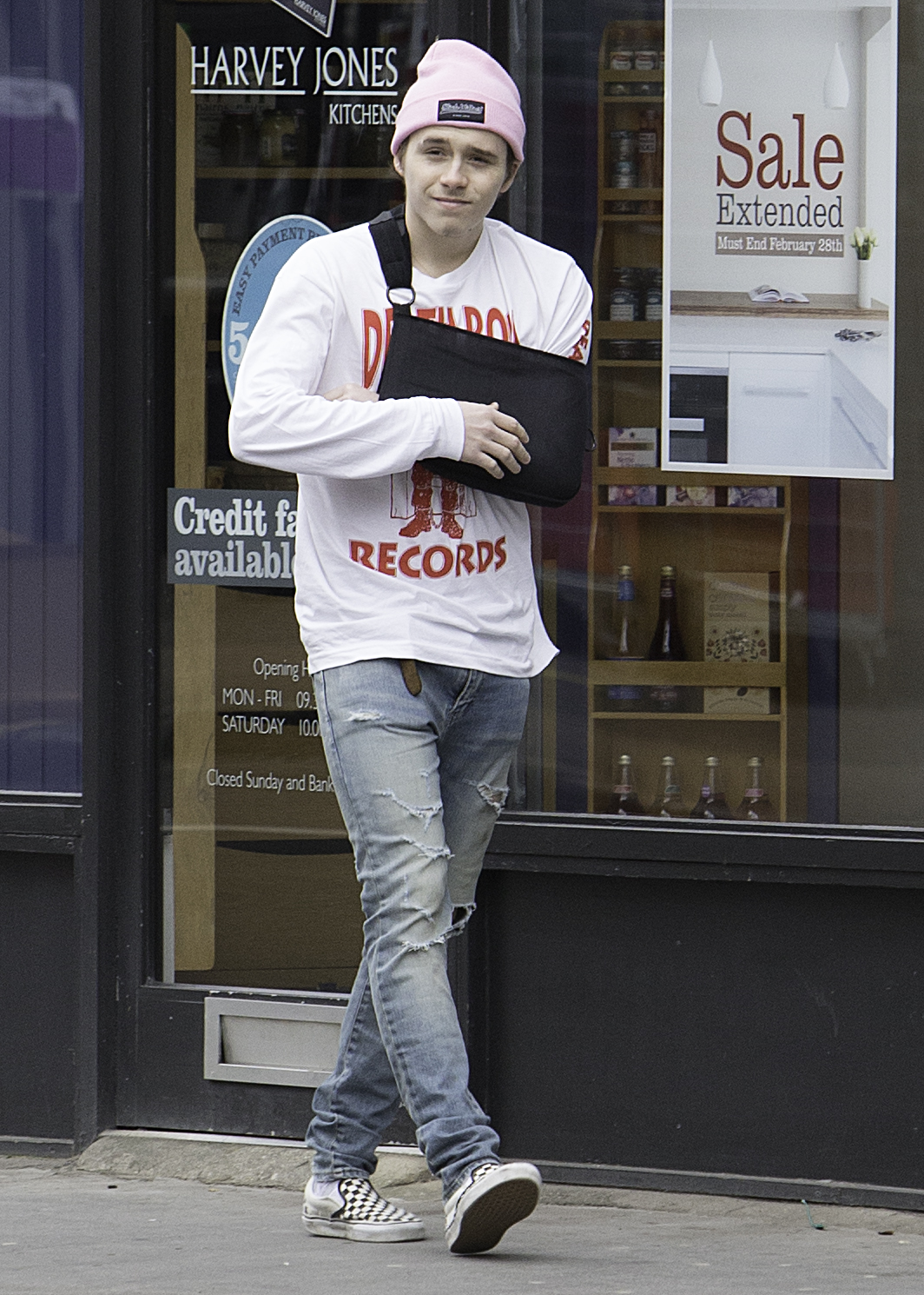 EXCLUSIVE Brooklyn Beckham is Back to London with a Broken Collarbone