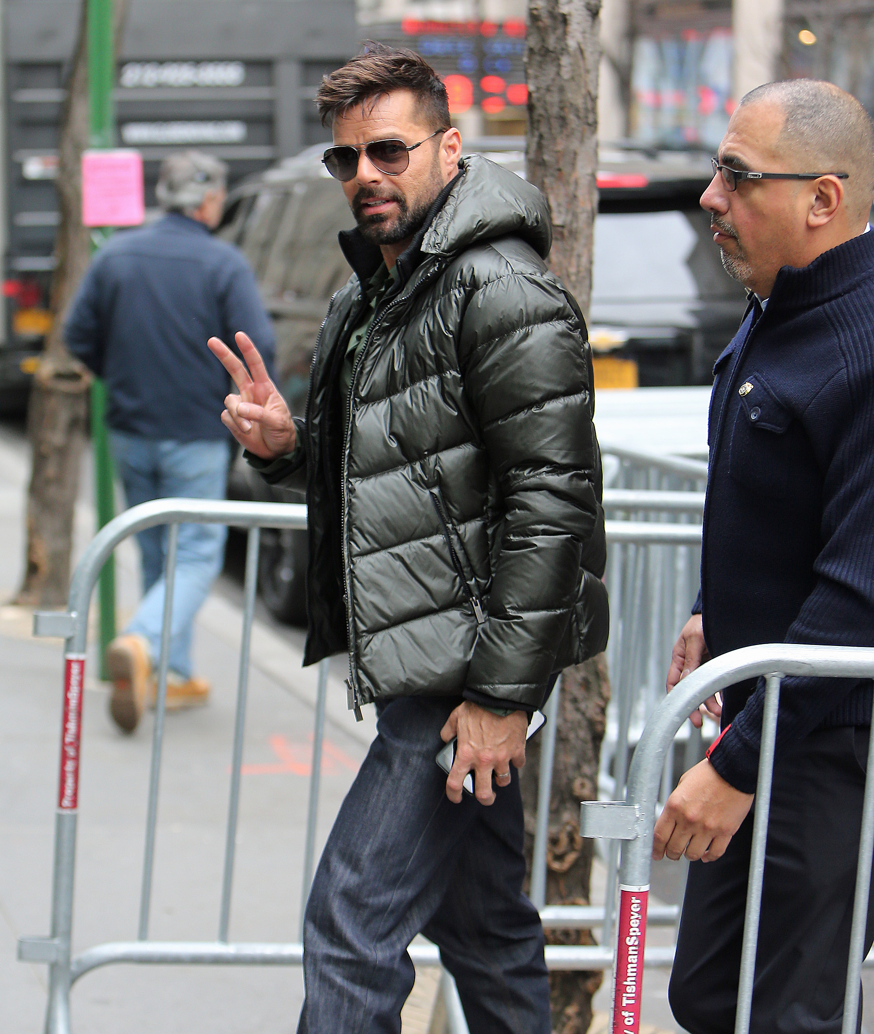 Ricky Martin Throws A Peace Sign On His Way Into The 'Today' Show