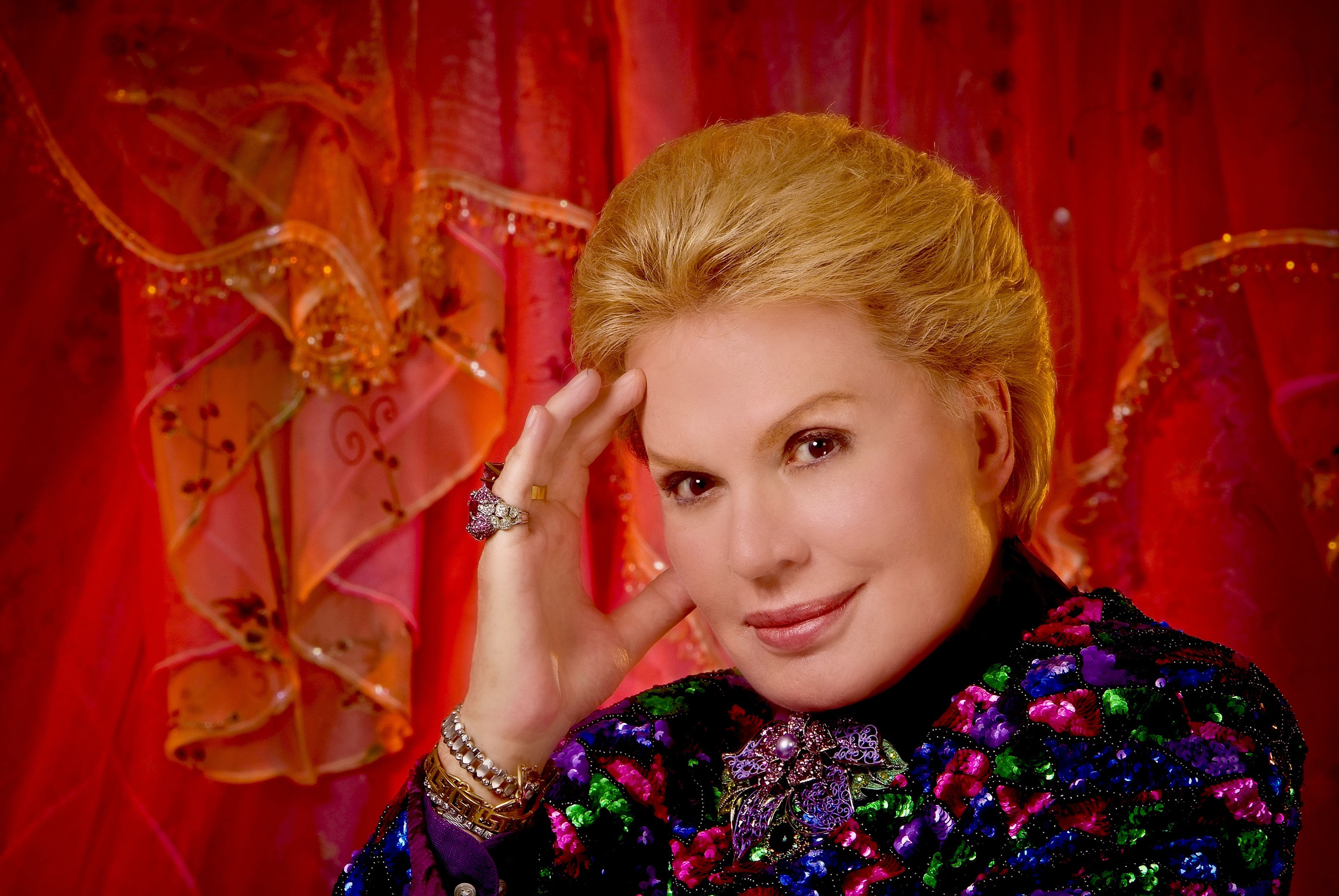 Walter Mercado - Peopleenespanol.com - Digital - Siguenos - March 2016