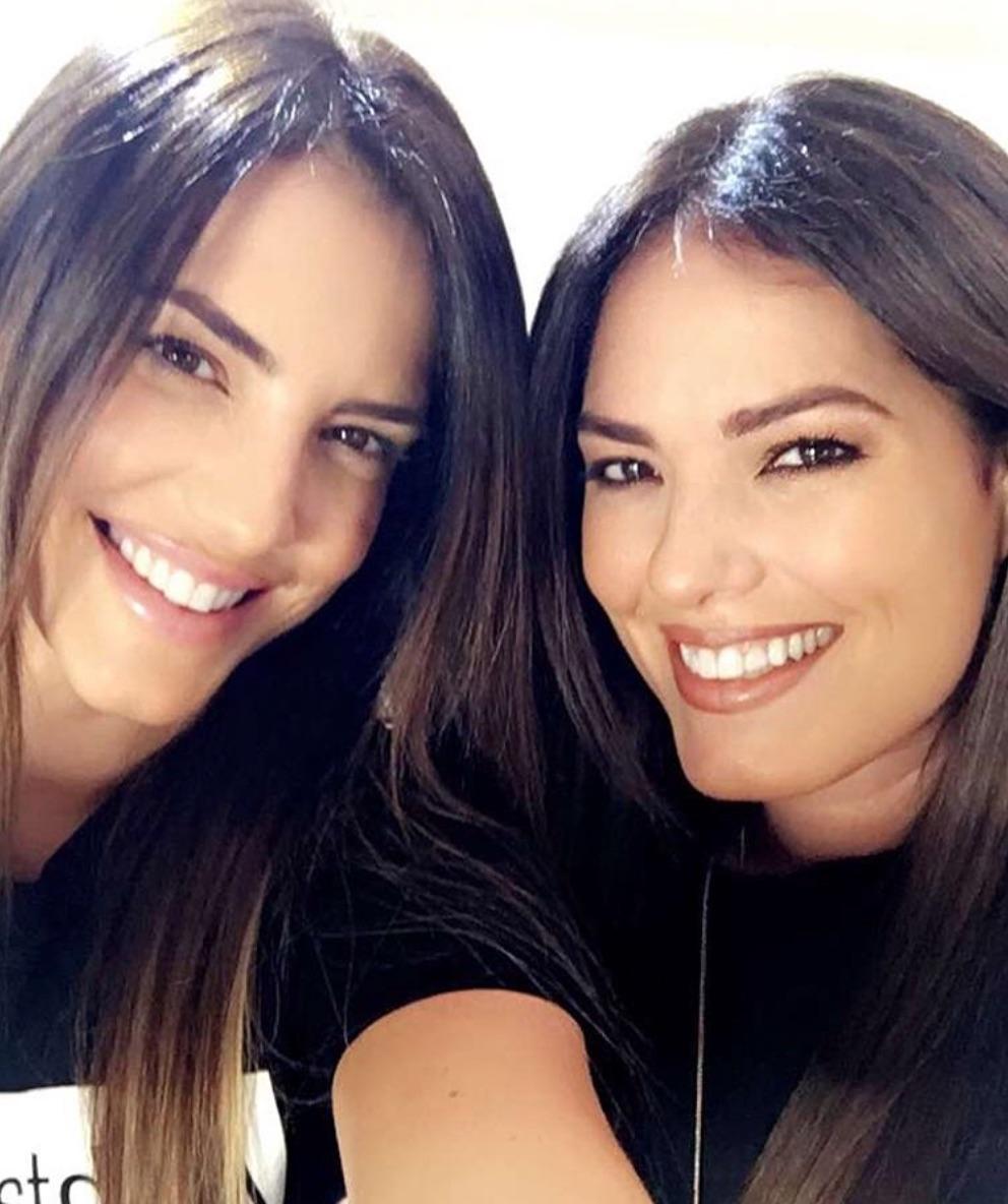 Gaby Espino y su hermana