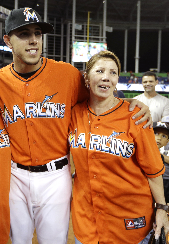 Jose Fernandez y su mamá Maritza