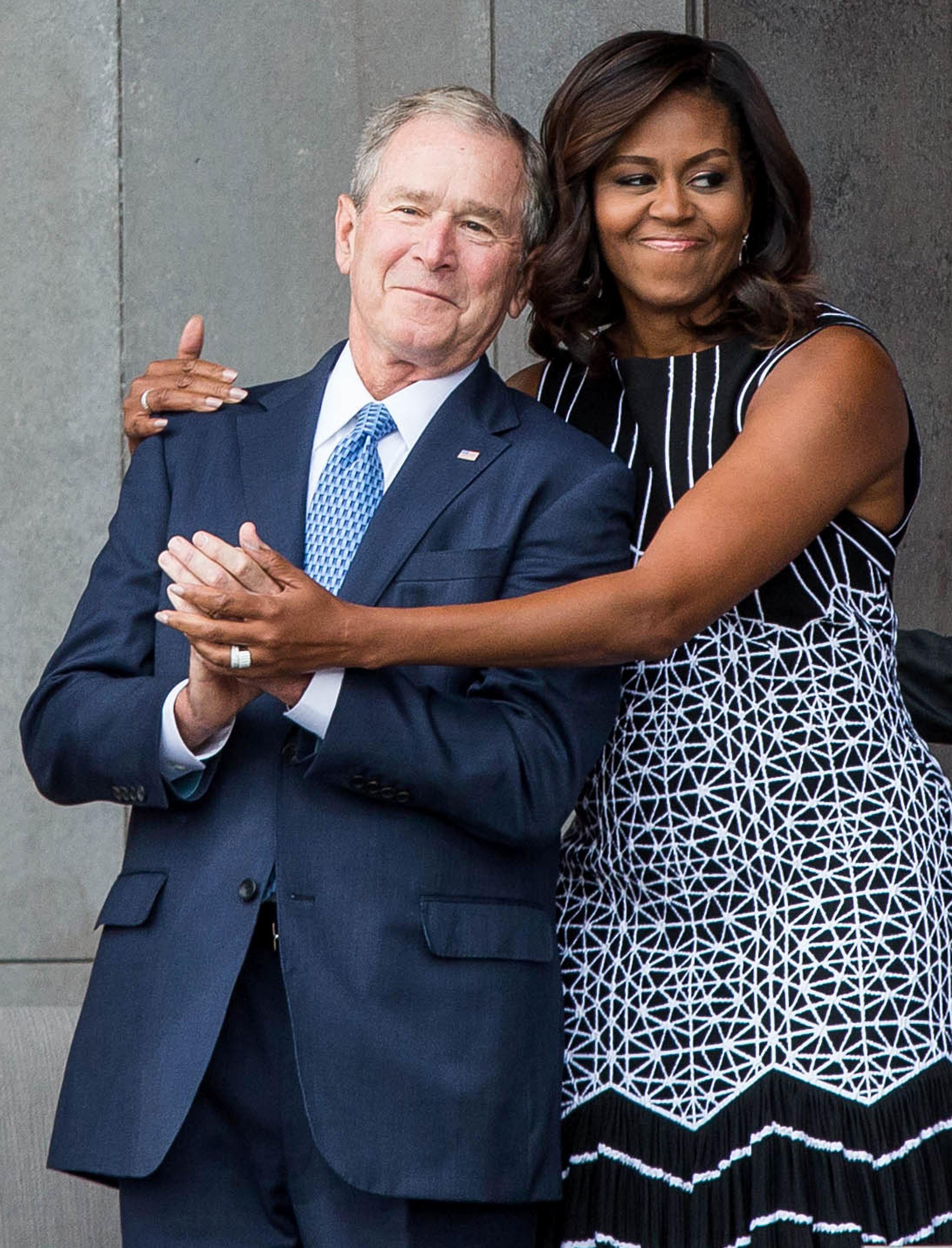 George W. Bush y Michelle Obama