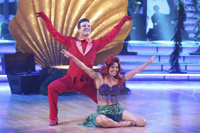"ABC's ""Dancing With the Stars"" - Season 18 - Week Five"