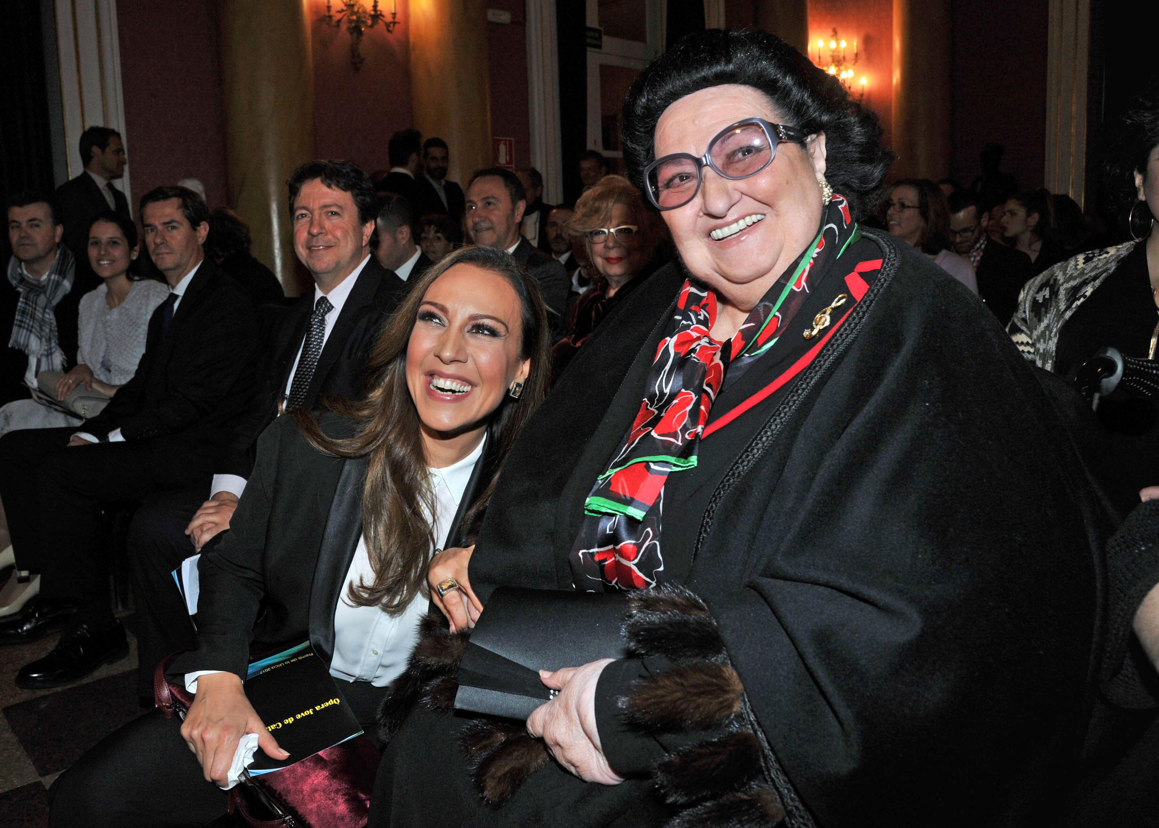 Montserrat Caballe Receives the Golden Medal of Barcelona Artistic Circle