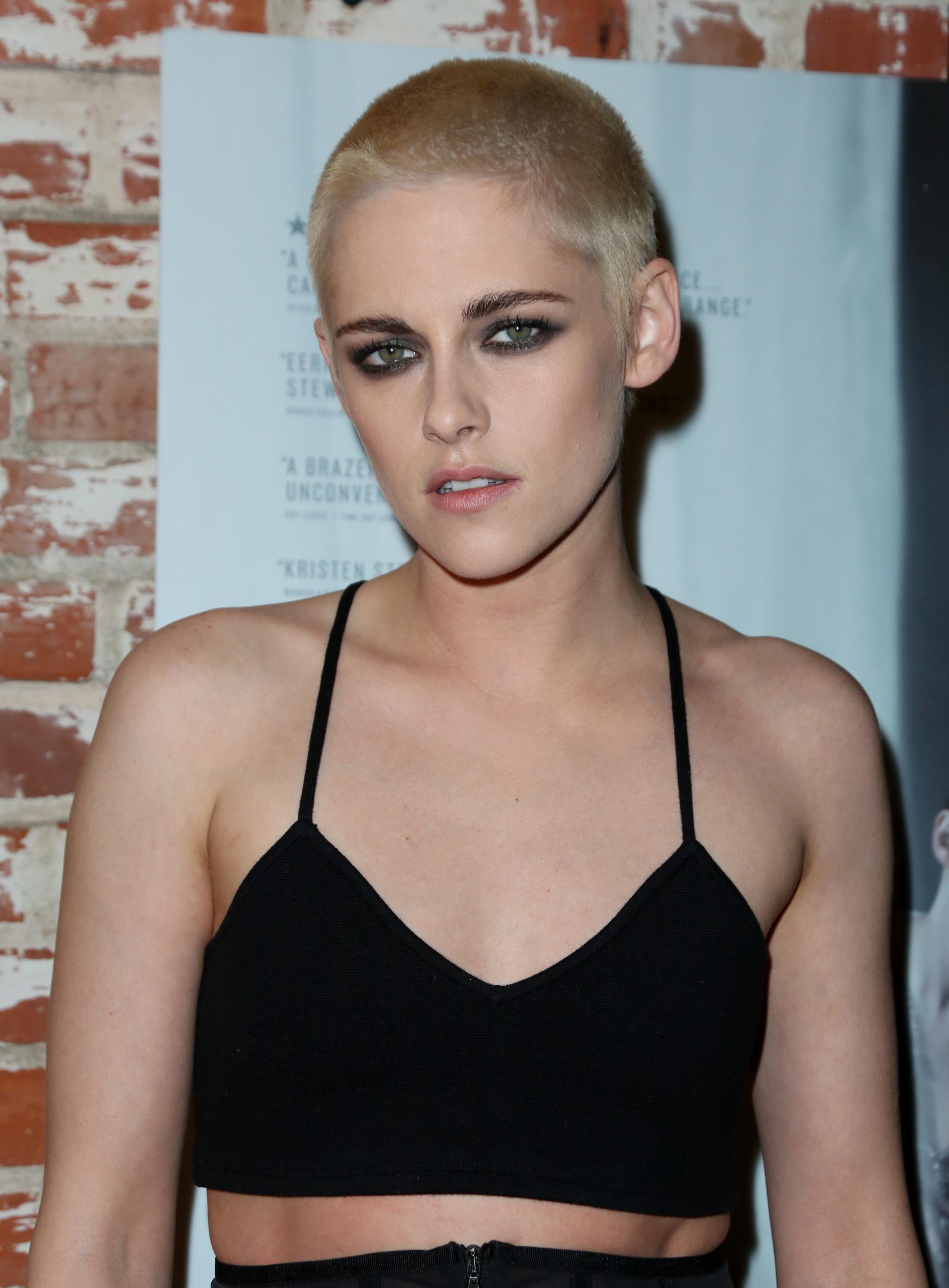 Kristen Stewart Unveils Her New Edgy Buzz Cut At 'Personal Shopper' Premiere