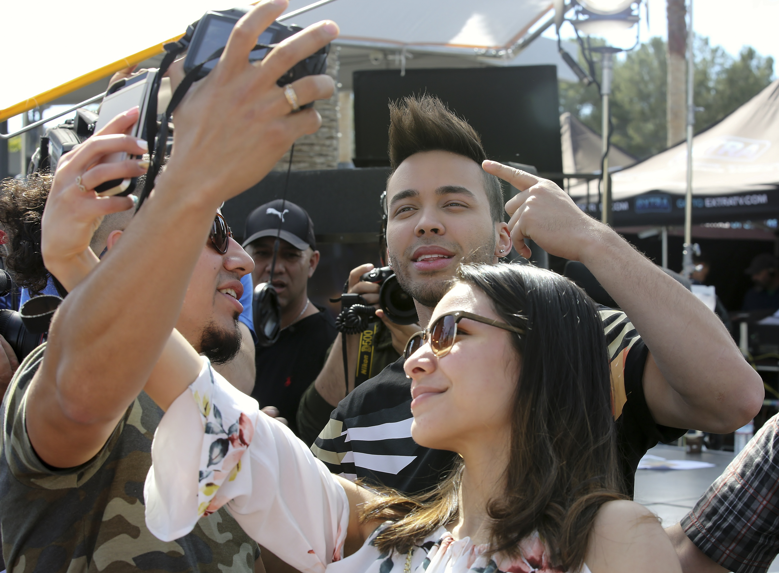 Prince Royce Makes An Appearance At Extra In Universal Studios