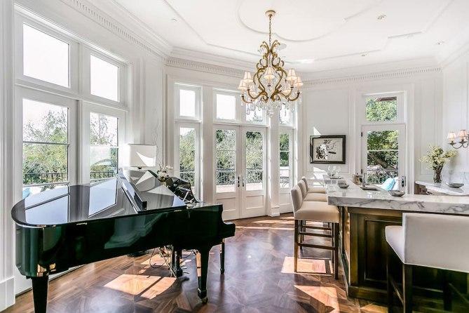 Drake's Beverly Hills Rental Home