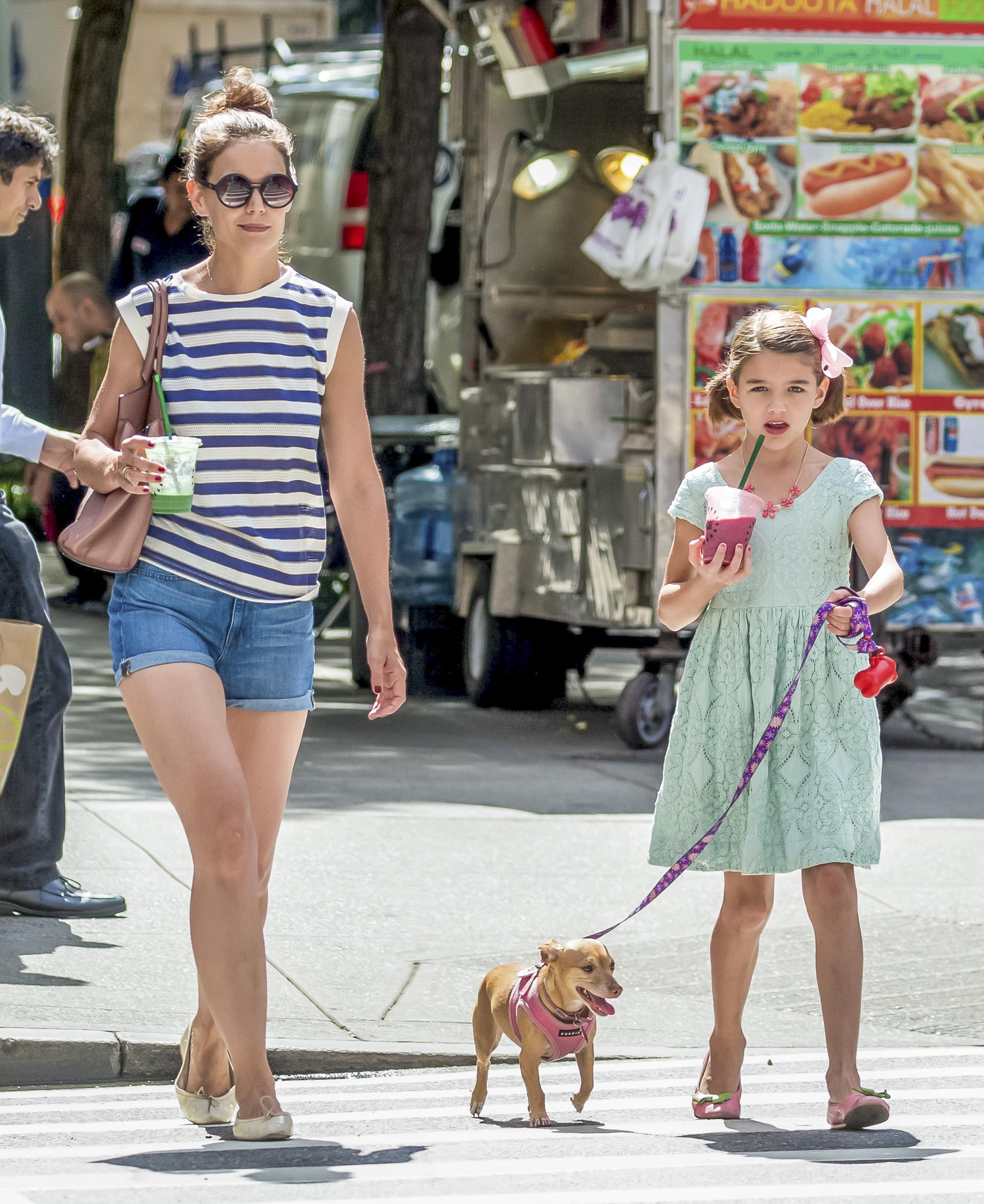 EXCLUSIVE Katie Holmes & Suri Cruise Enjoy A Day Out In NYC