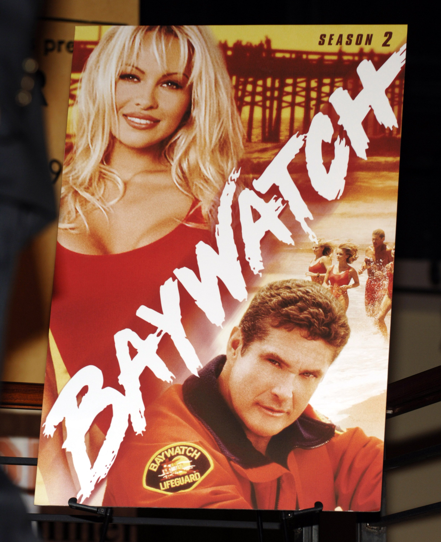 "Pamela Anderson Signs Copies Of ""Baywatch"" DVD Seasons 1 & 2"