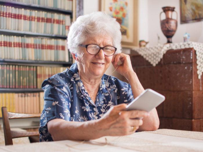grandparents emoji texting