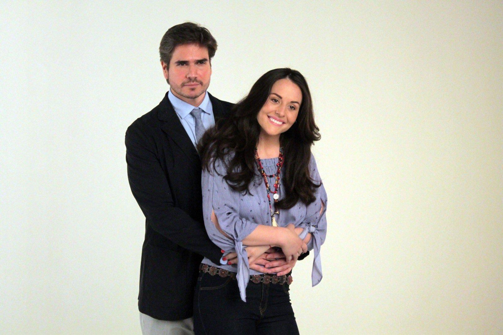 Daniel Arenas y Zuria Vega