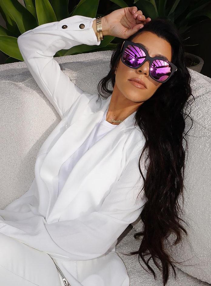 050317-kardashian-jenner-sunglasses-embed2.jpg