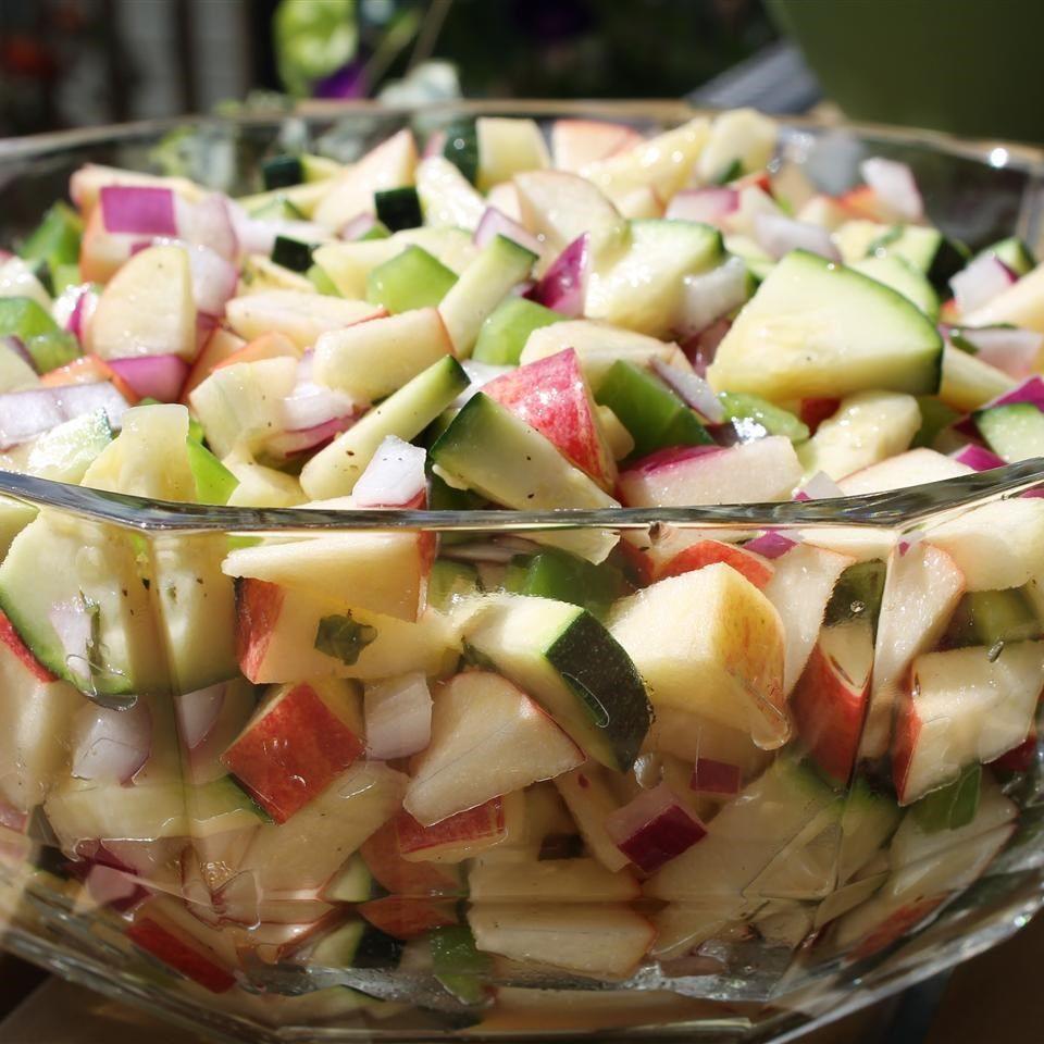 Ensalada de calabacita con manzana