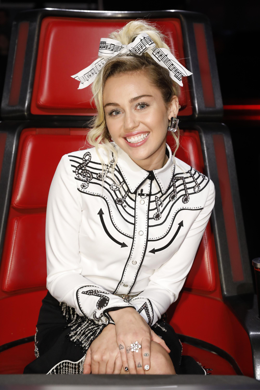Miley Cyrus, instagram, dolce gabbana