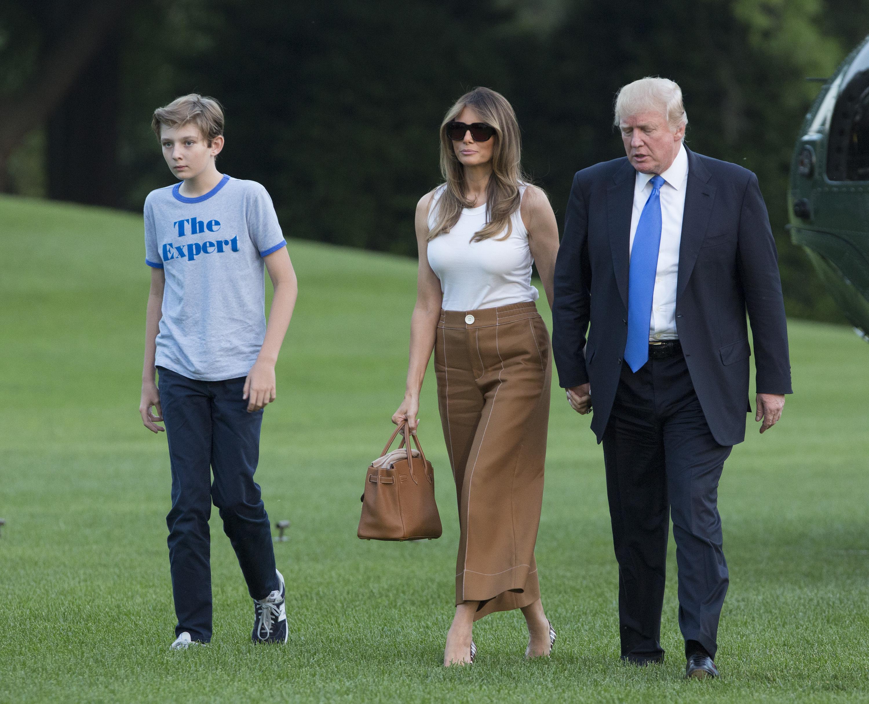 Barron, Melania y Donald Trump