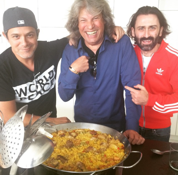 Alejandro Sanz, arroces y paellas