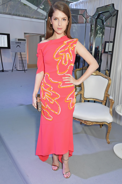 Anna Kendrick, glamour women of the year, look, style, estilo