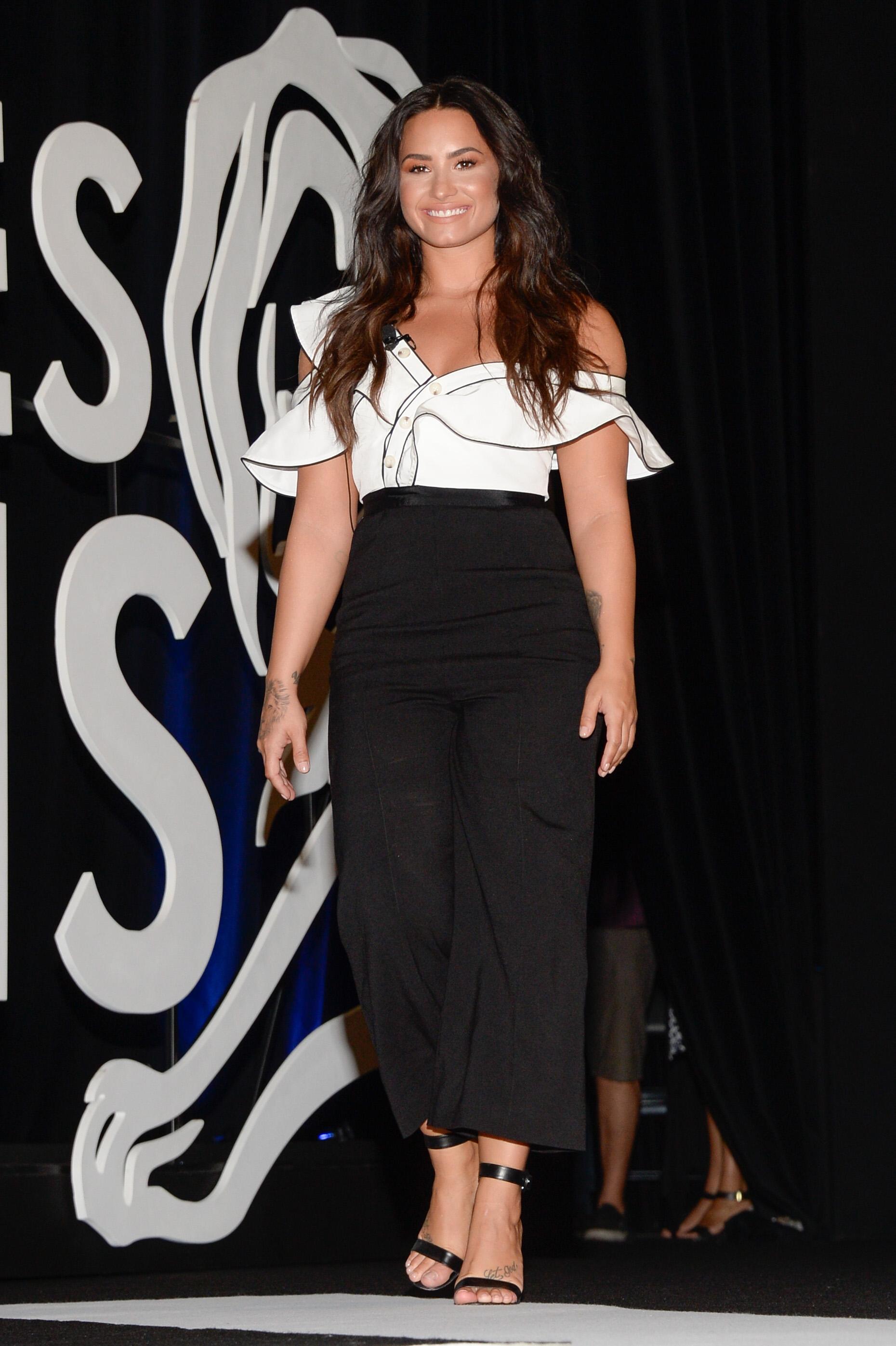 Demi Lovato, look, style, estilo
