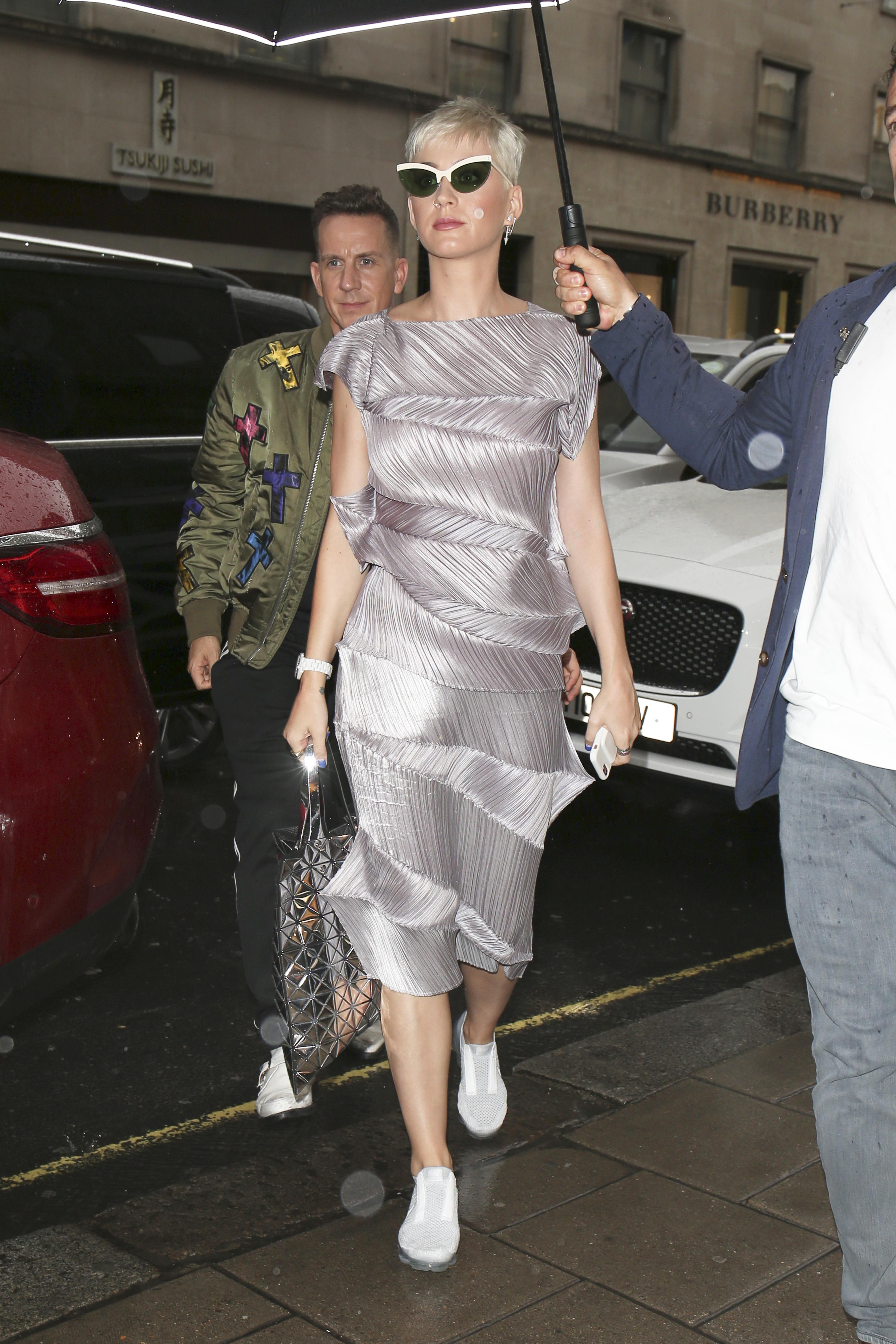 EXCLUSIVE Katy Perry Shopping in Rainy London after Visiting London's Science Museum