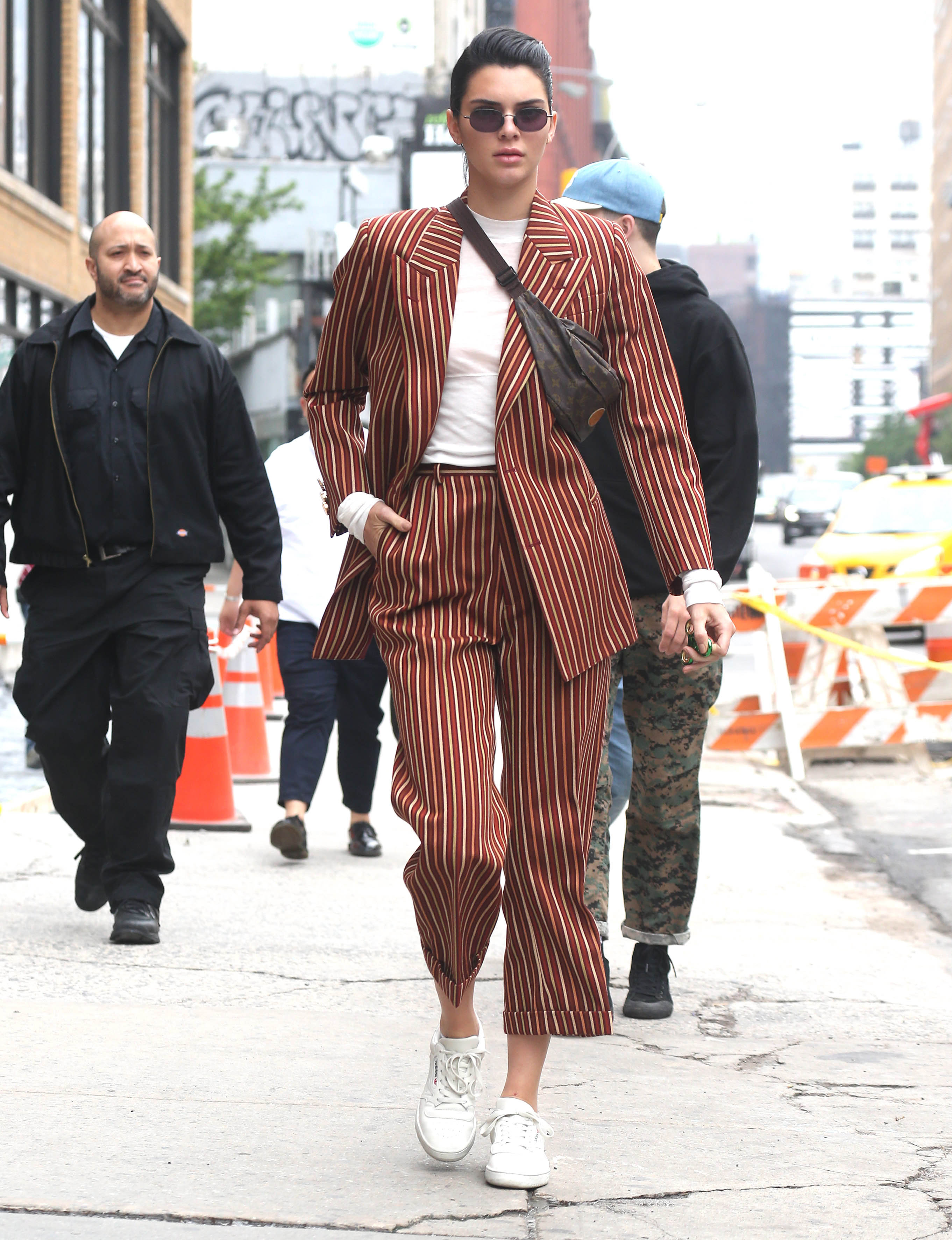 Kendall Jenner, look, style, set, stripes, rayas, tendencia, trend