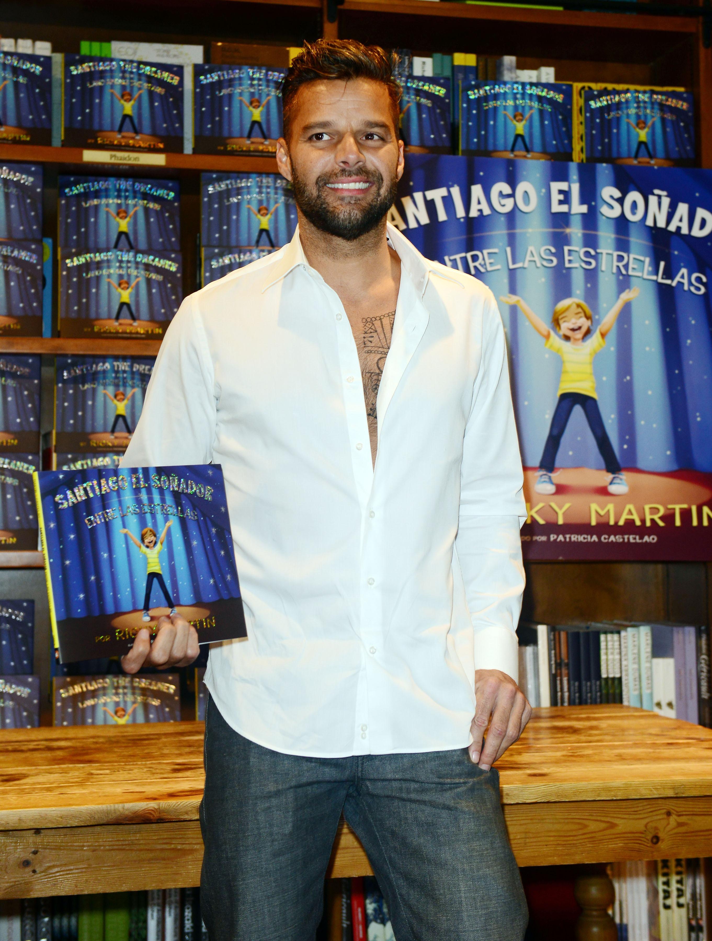 Ricky Martin, Santiago El Soñador