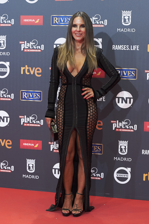 Kate del castillo, looks, estilo, moda, premios platino