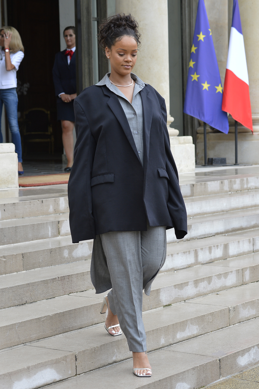 Rihanna, looks, paris, primera dama, primer ministro, moda, atuendo, premier, francia