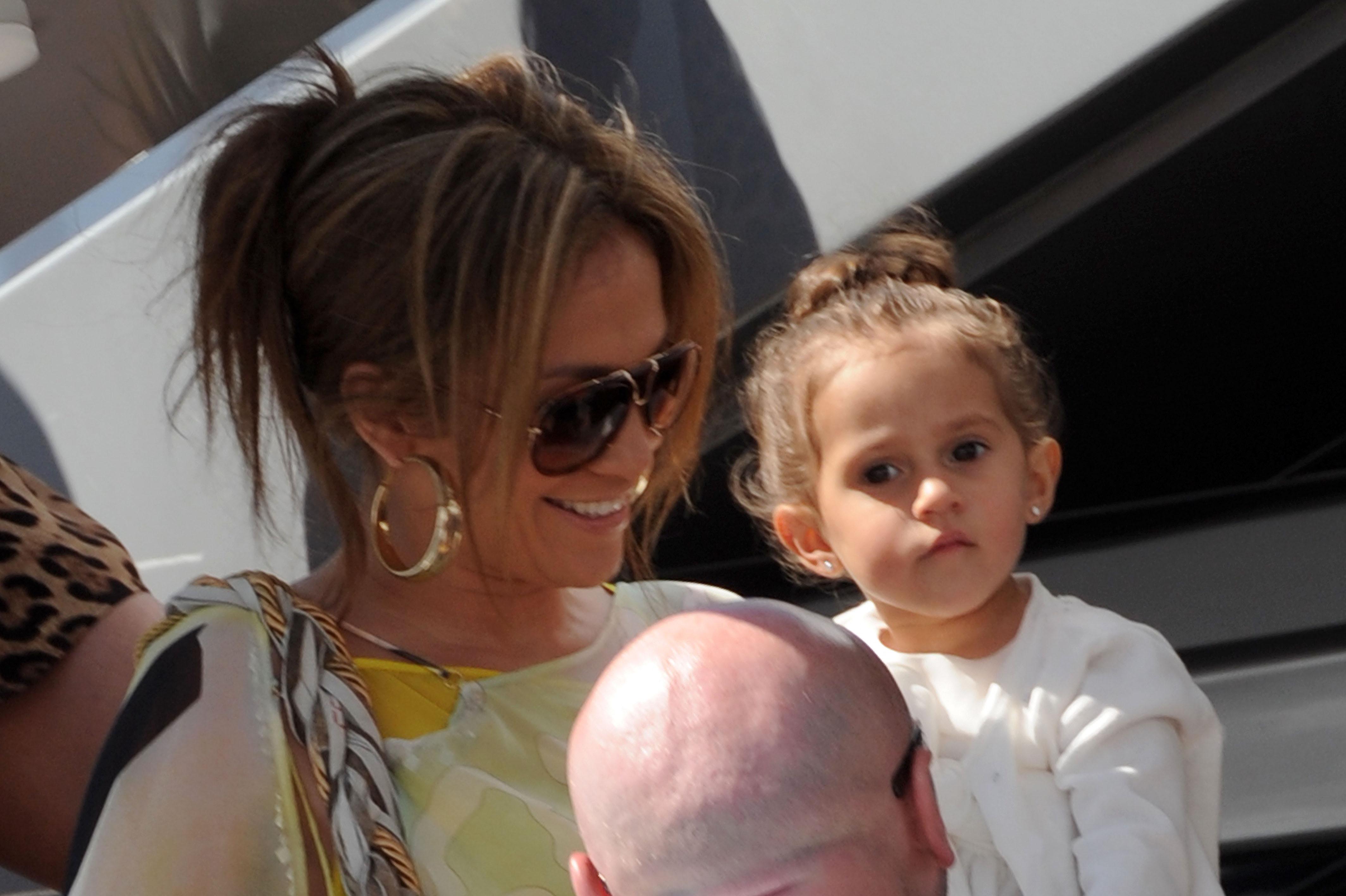 Jennifer López y Emme Muniz