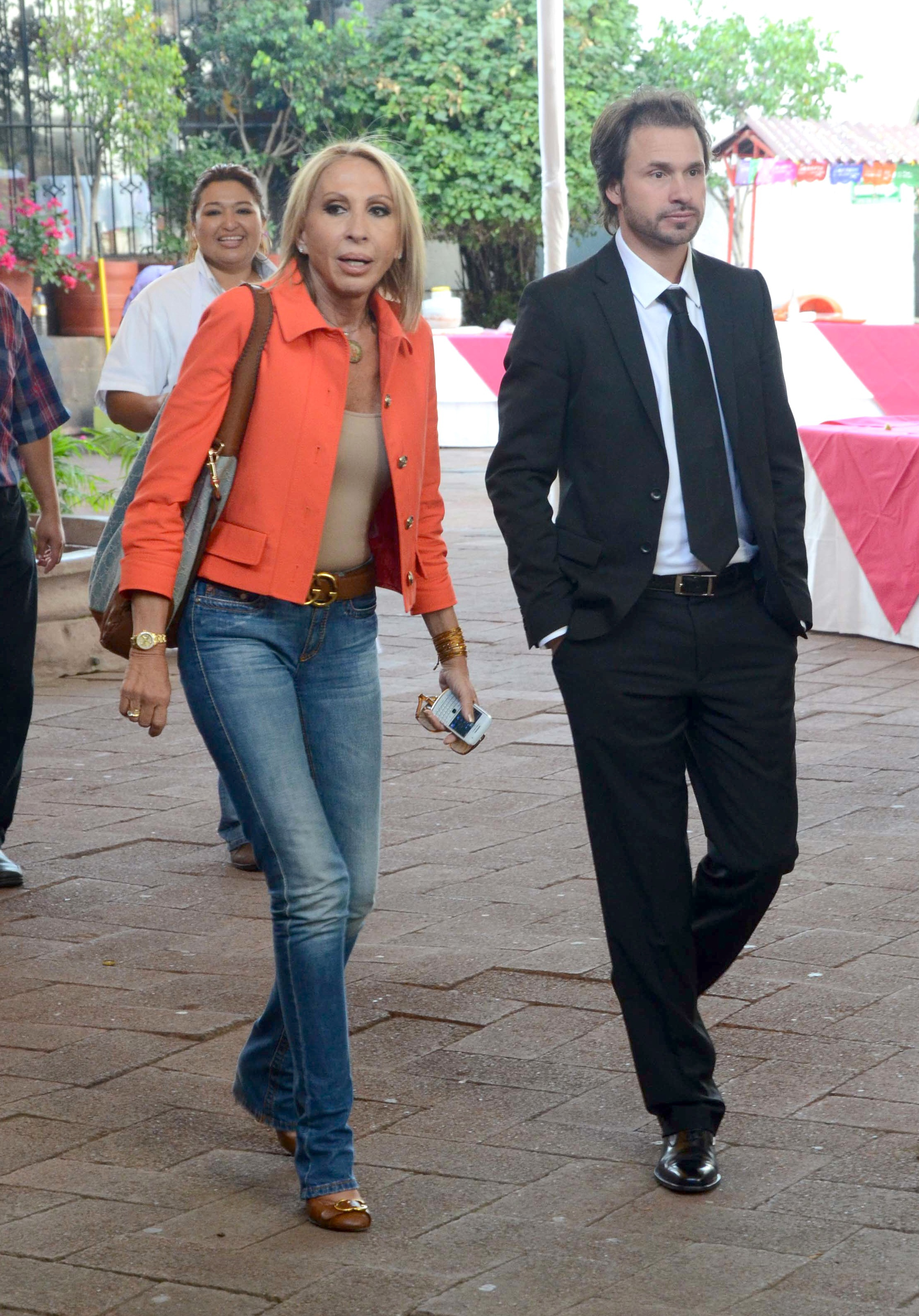 Laura Bozzo y Cristian Suárez