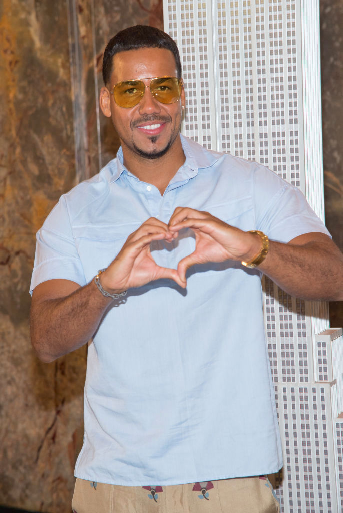 Romeo Santos Lights The Empire State Building In Honor Of The Notes For Notes Partnership
