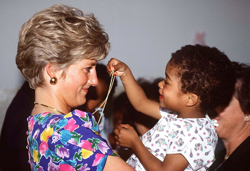 Princess Diana Visits Aids/hiv Hostel Brazil