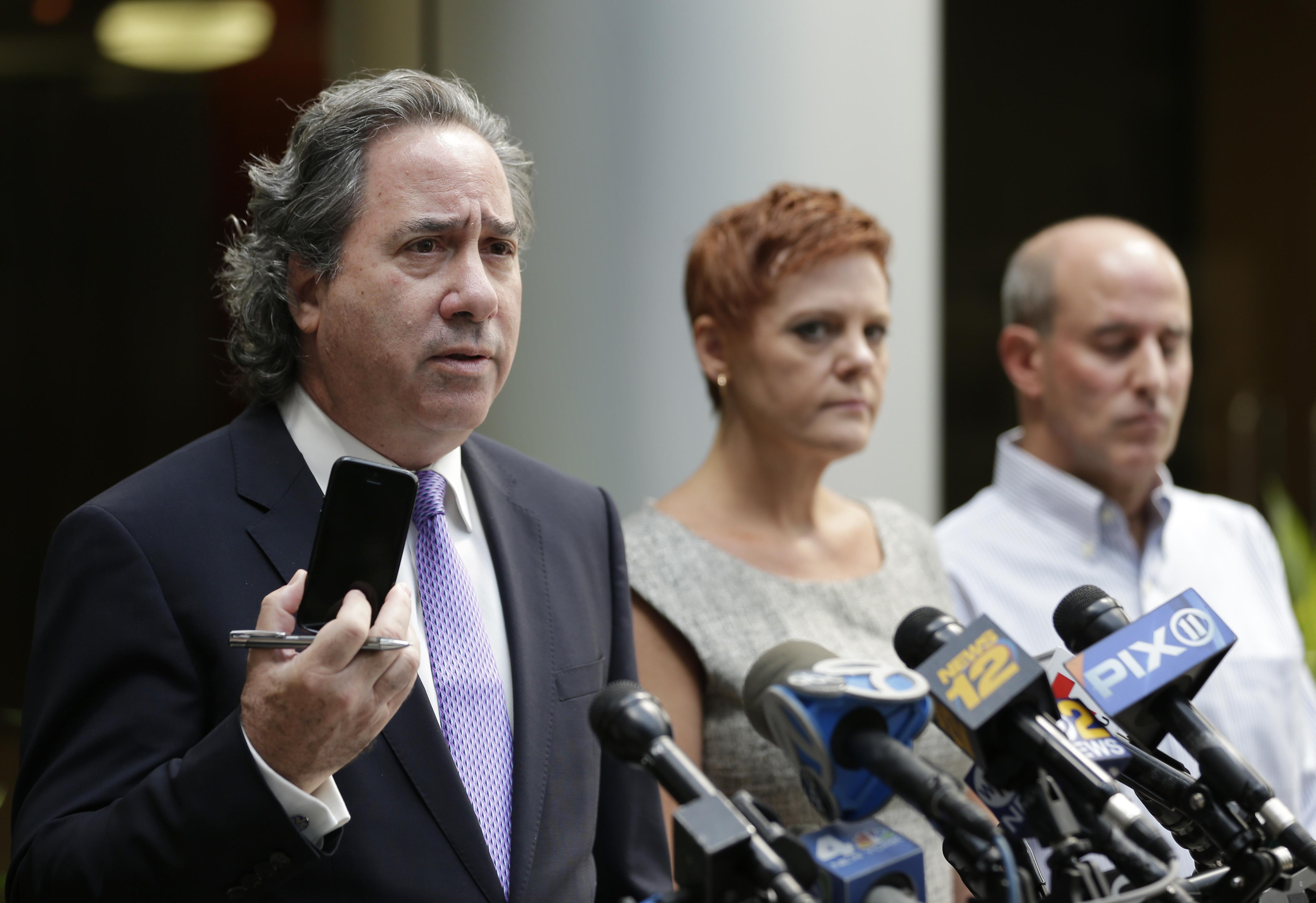 Bruce Nagel, Dianne Grossman y Seth Grossman