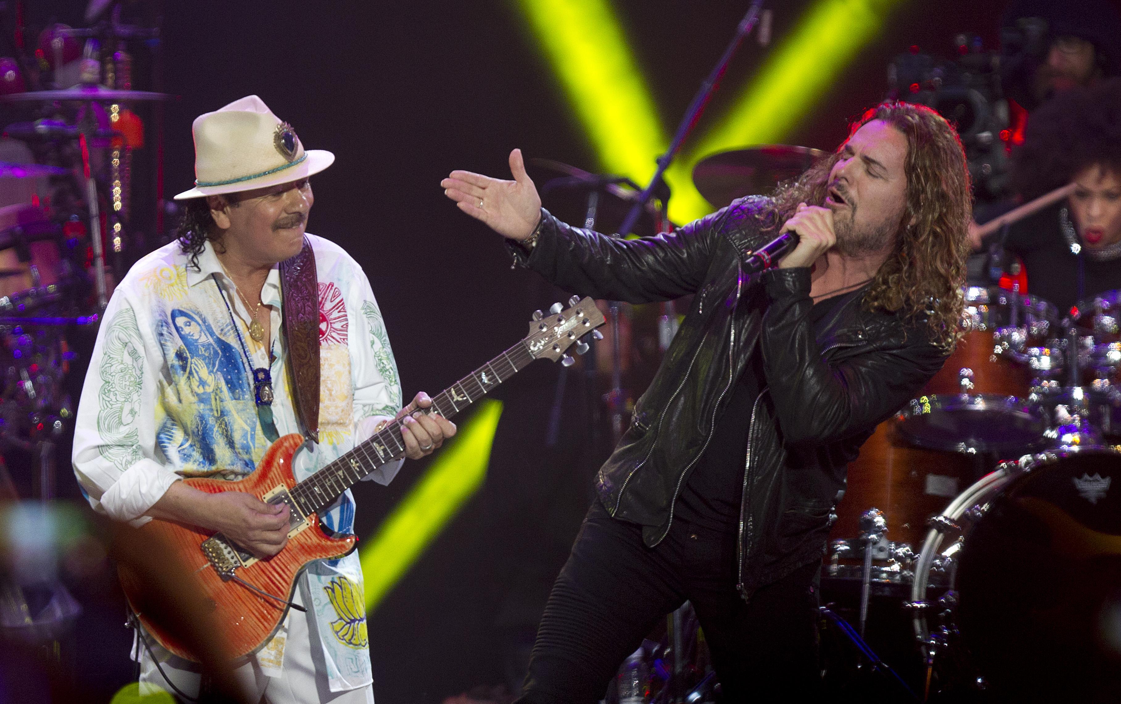 Carlos Santana y Maná