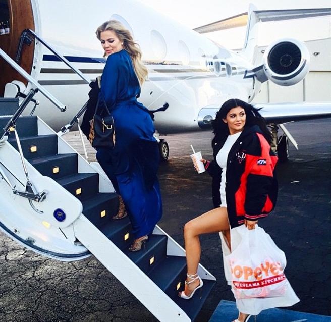 Khloé Kardashian y Kylie Jenner