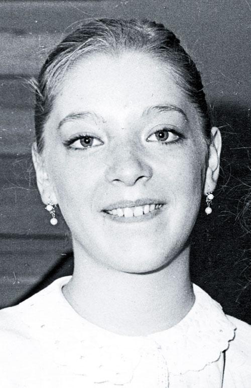 Edith González, TBT