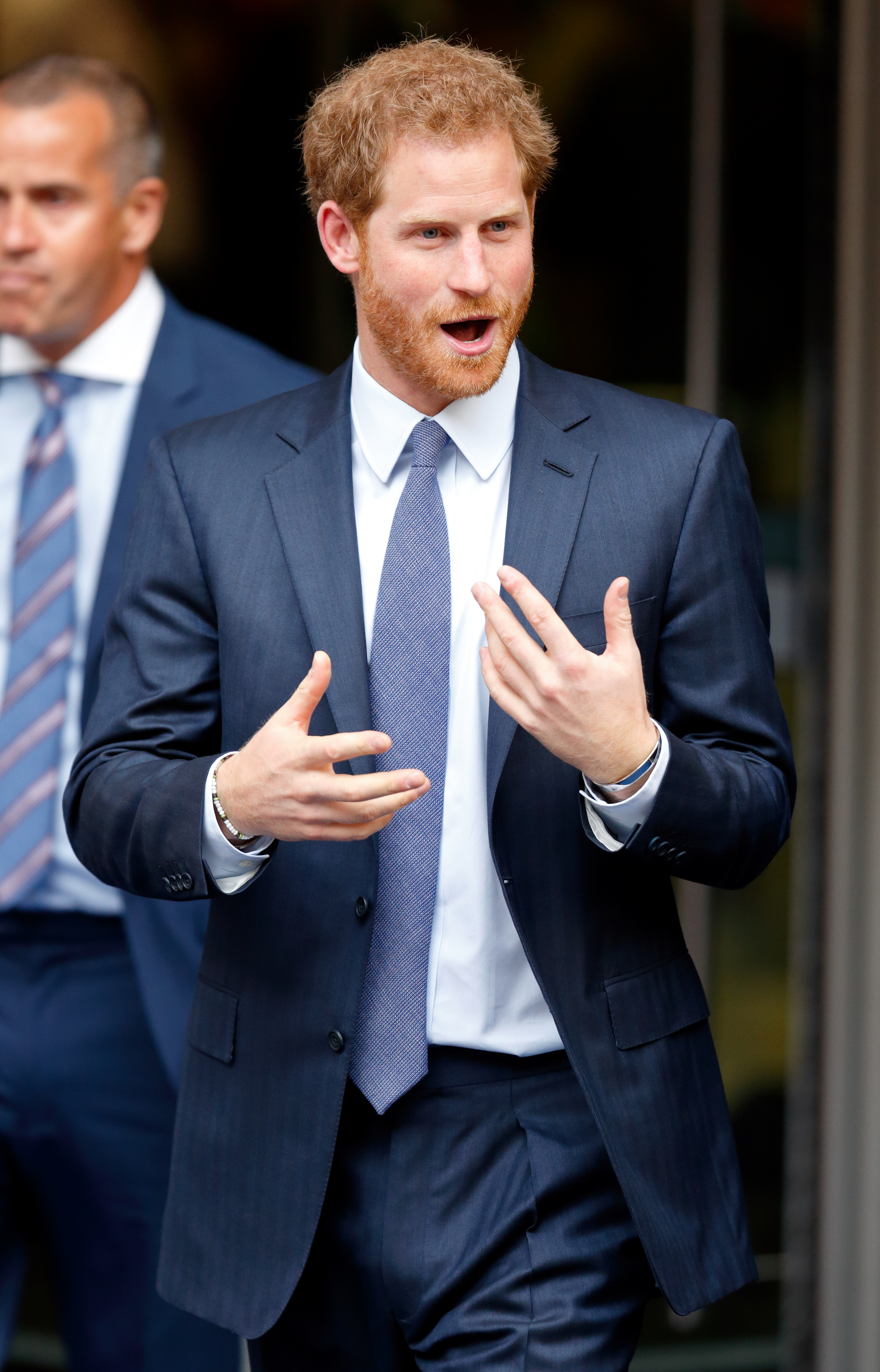 prince-harry-london-usando-brazalete-meghan-markle.jpg