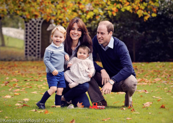 El Duque y la duquesa de Cambridge, principe George y princesa Charlotte