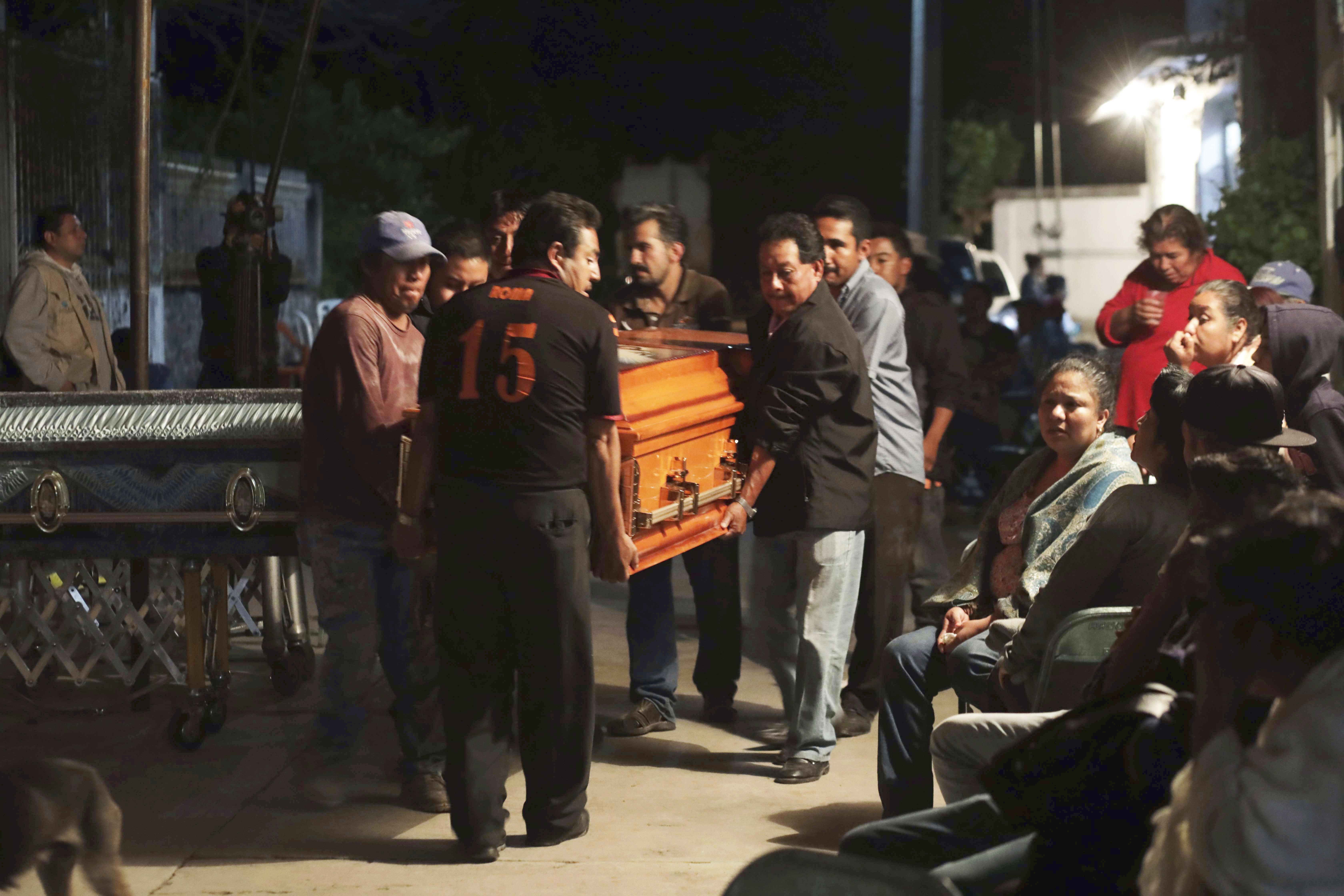 Muere una familia completa en un bautizo a causa del terremoto