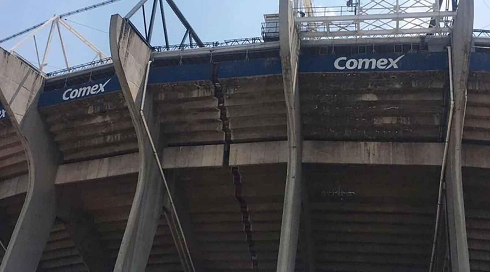 Daños en el Estadio Azteca tras terremoto.