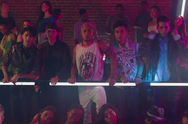 CNCO-Little-Mix-Reggaeton-Lento-screenshot-billboard-1548
