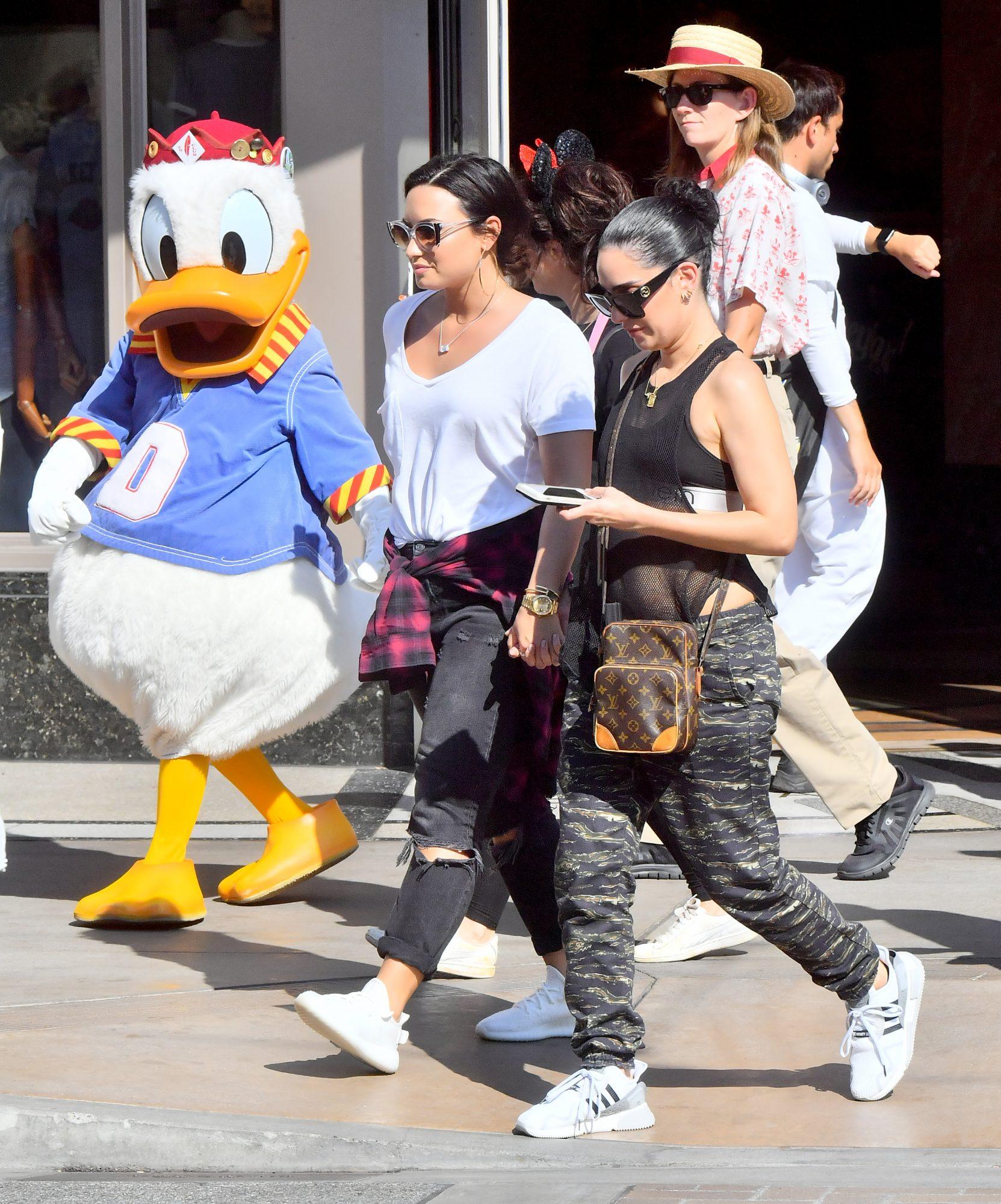 Demi Lovato, Lauren Abedini