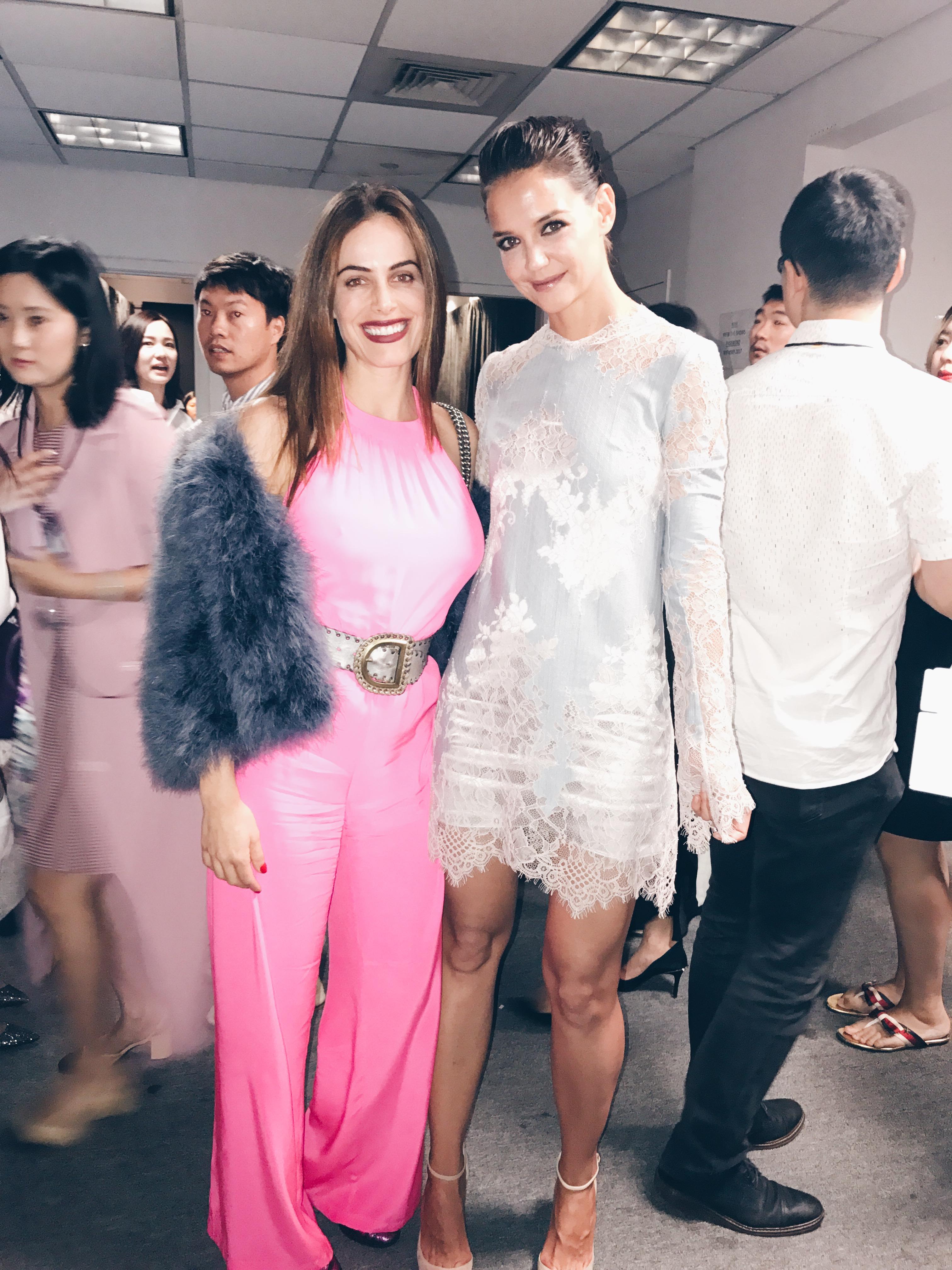 Gabriela Dia y Katie Holmes