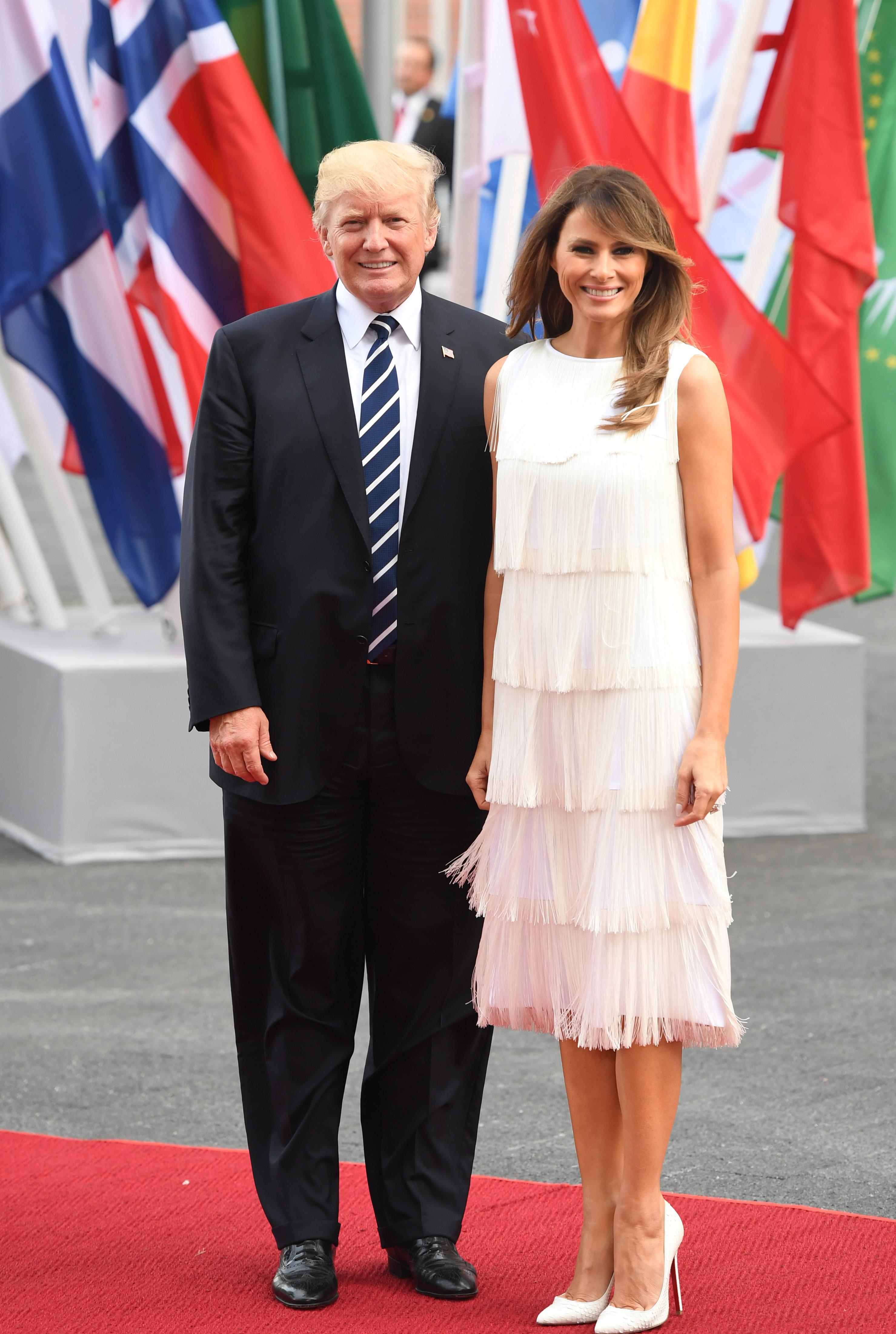 Melania Trump, polonia, alemania, looks, vestidos
