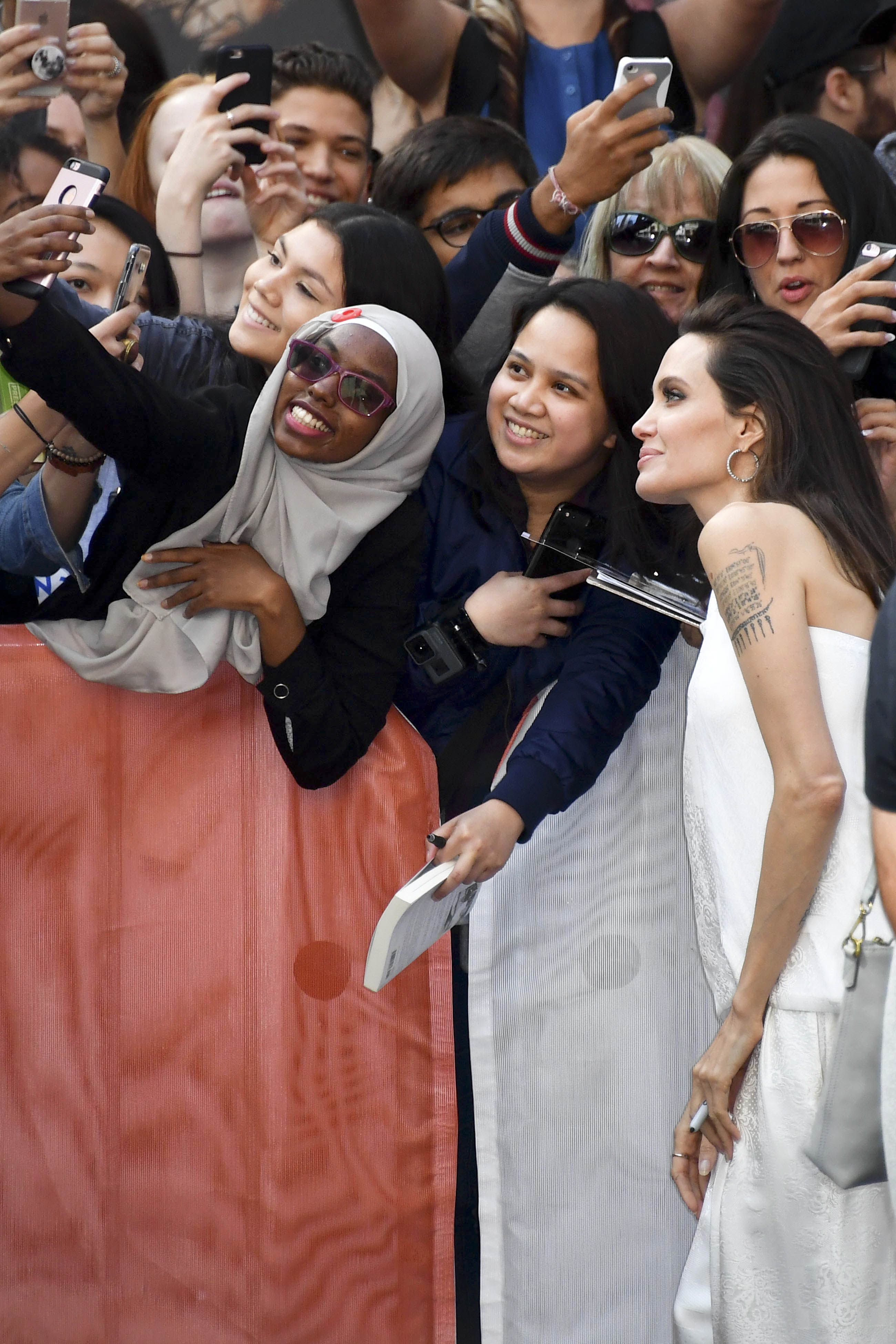 Agelina Jolie y sus hijos