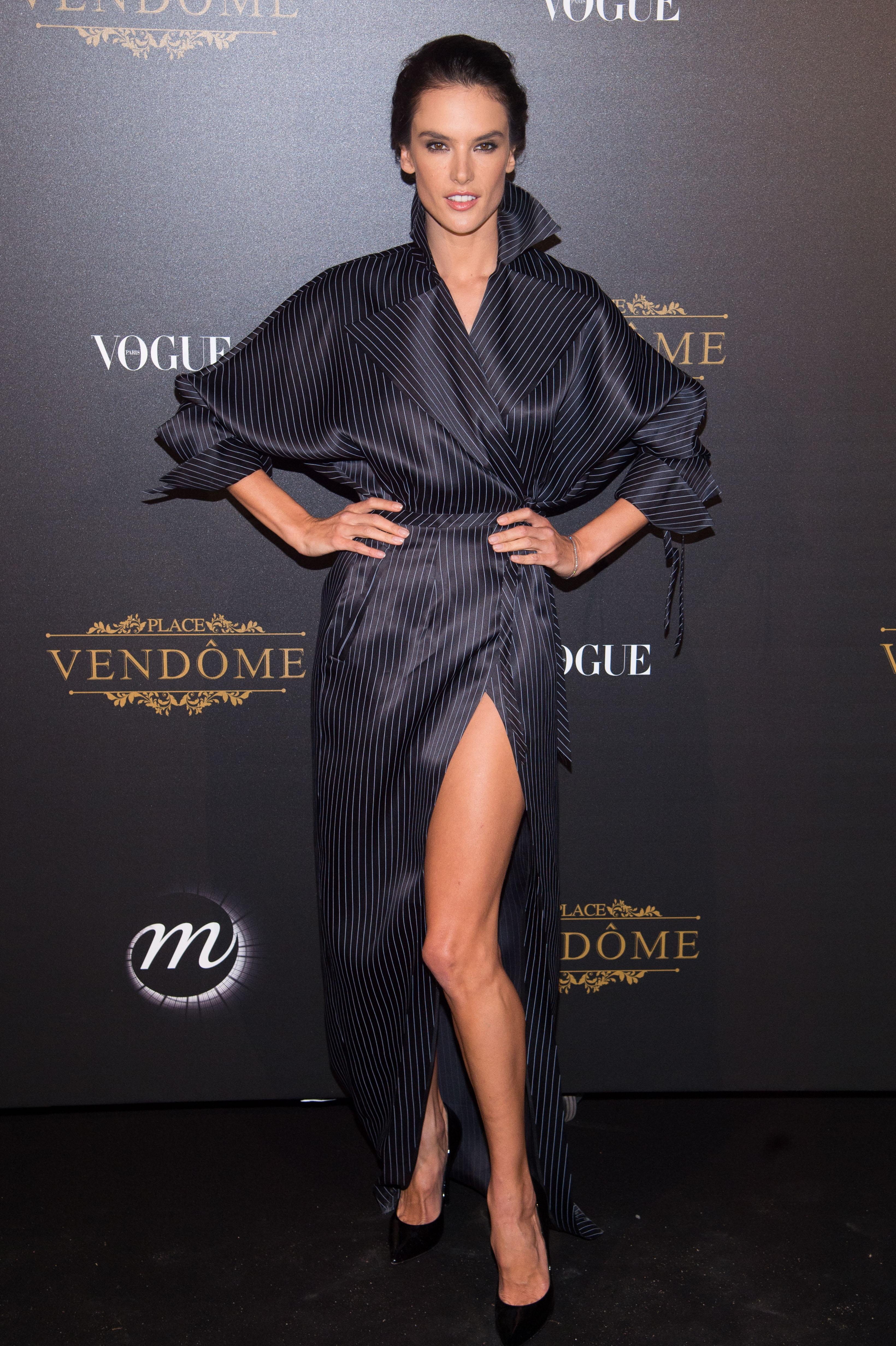 Alessandra Ambrosio, looks, estilo, style, Paris