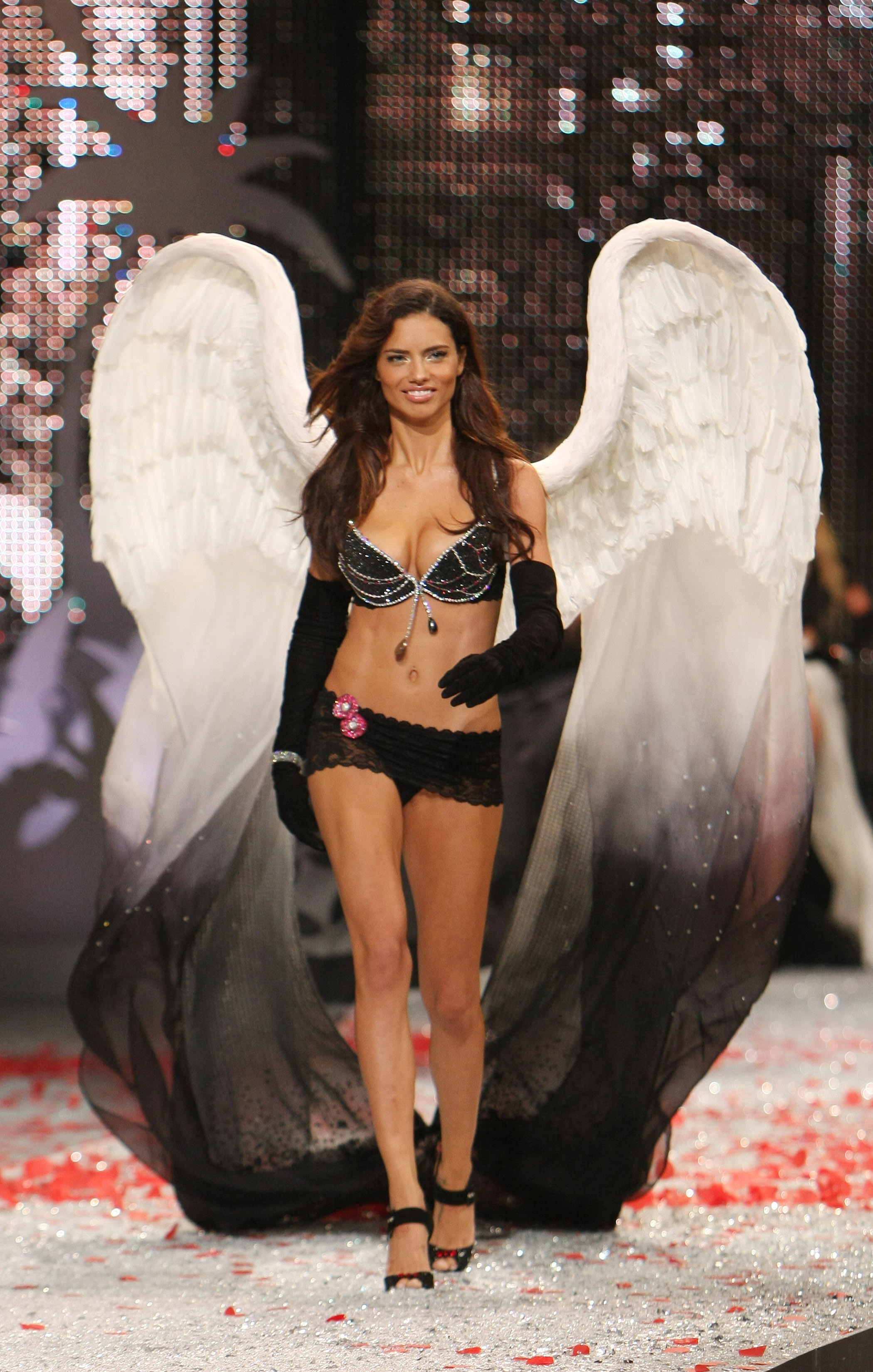 Adriana Lima, Victoria's Secret, Fantasy Bra