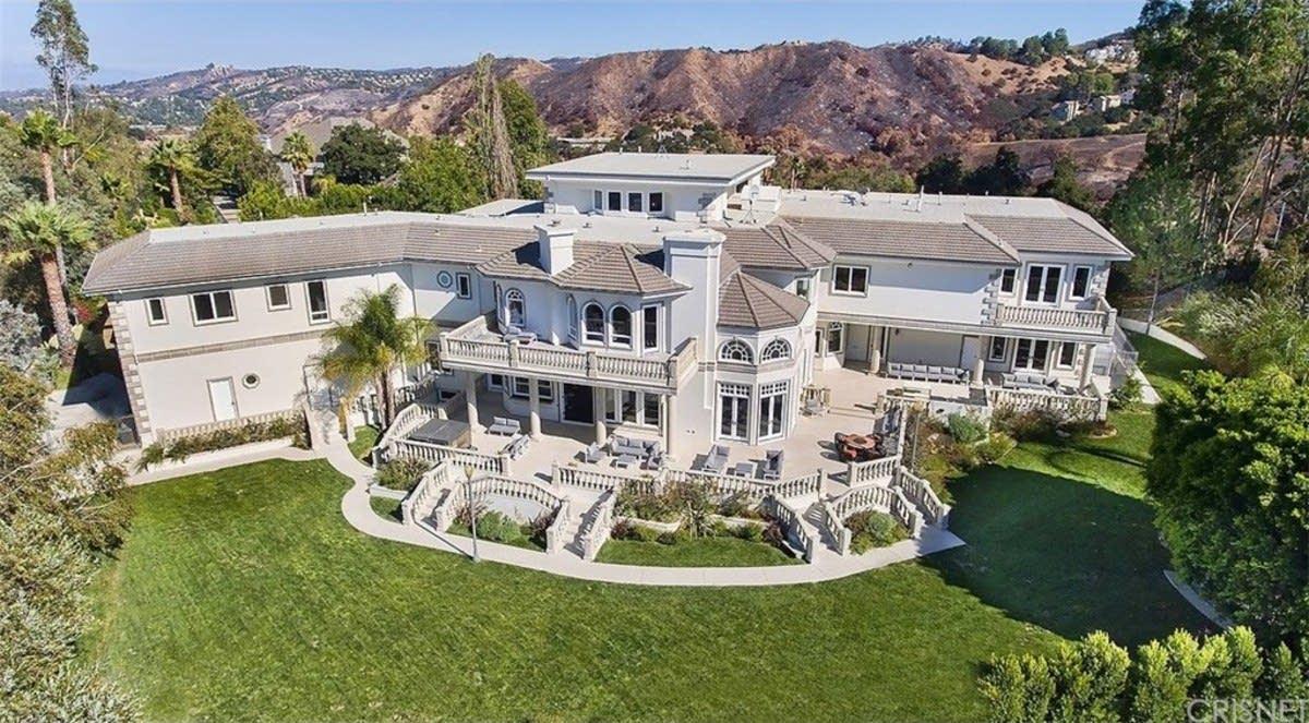 YouTuber compra casa de $6.9 millones