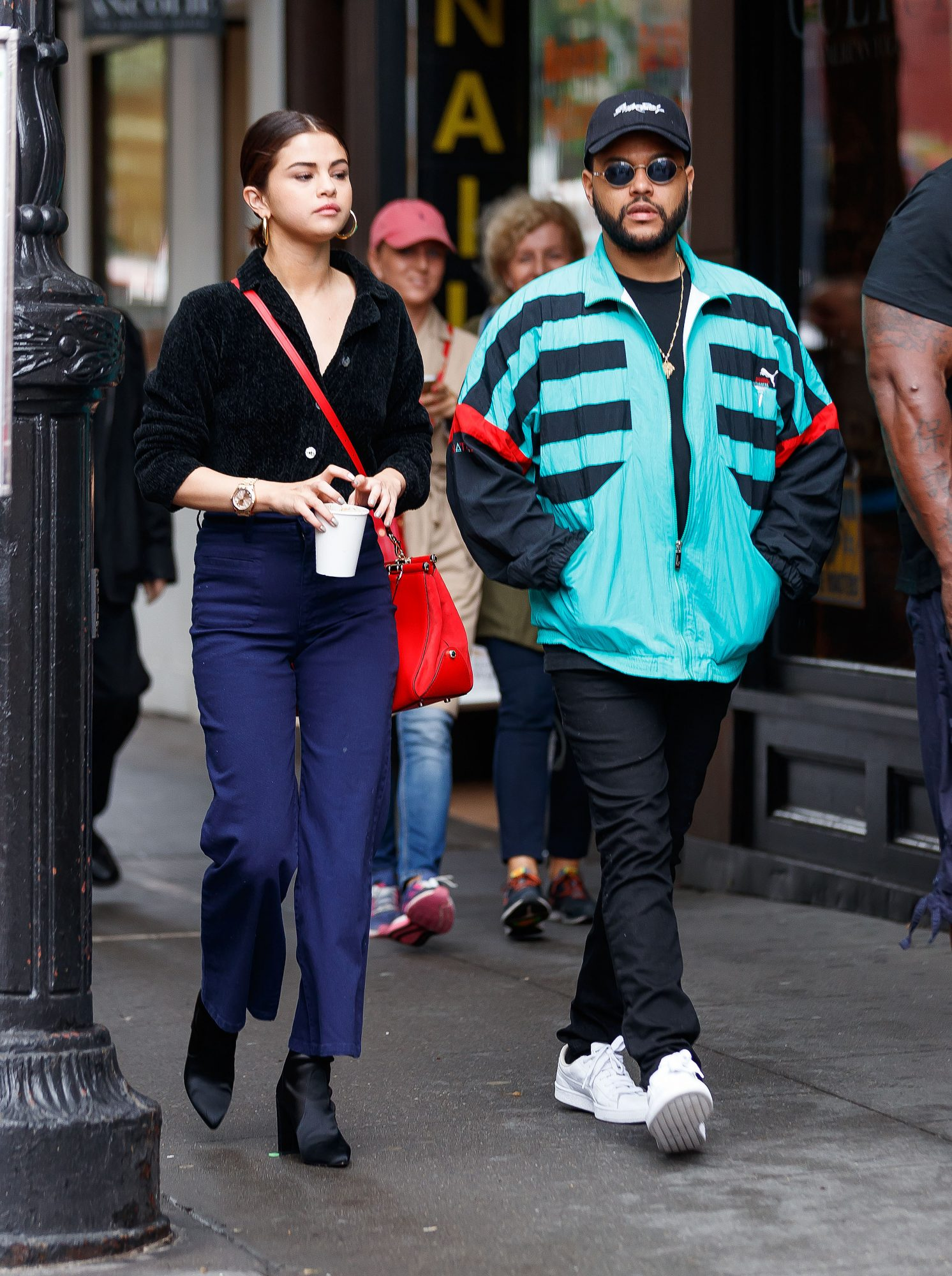 Selena Gomez, The Weeknd, jacket, igual, ex novio