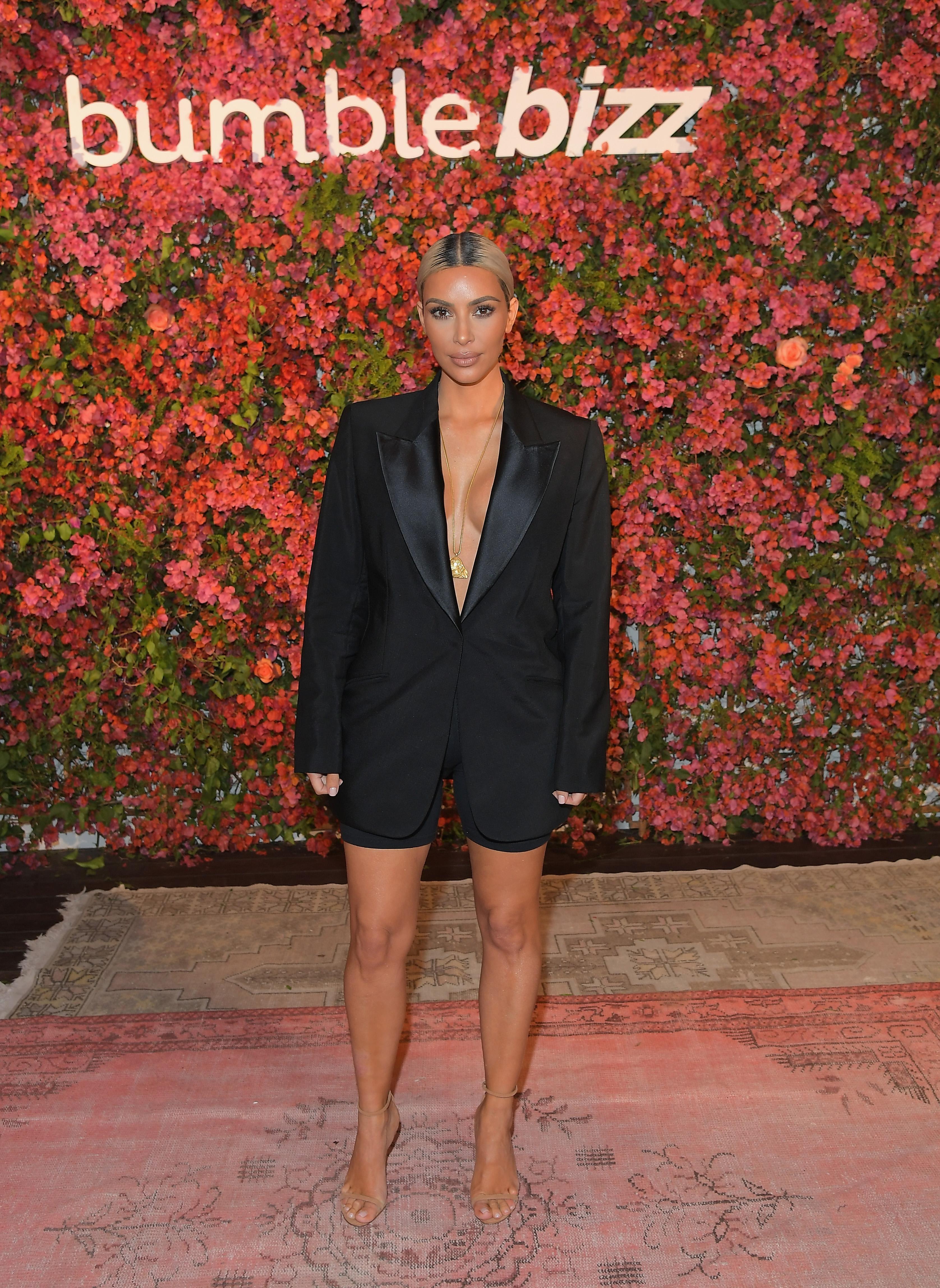 Kim kardashian, looks, estilo, style